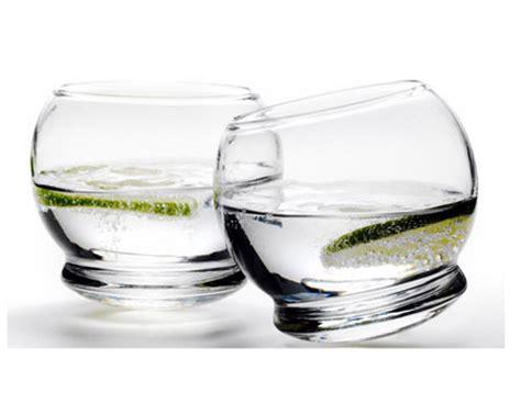 bicchieri d acqua dimagrire con due bicchieri d acqua si pu 242 wellness farm