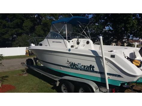wellcraft boats for sale in louisiana 1998 wellcraft coastal 220 powerboat for sale in louisiana