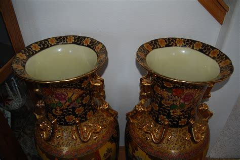 Satsuma Made In China Vase what s it worth appraisl of made in china satsuma vases auctionwally