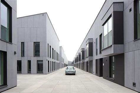 faserzement fassade moderne architektur f 252 r oldtimer schuppen eins bremen