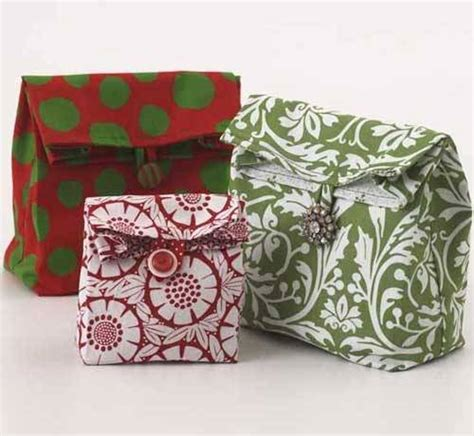 Pattern To Make Gift Bags | lunch sack gift bags free sewing pattern love to sew
