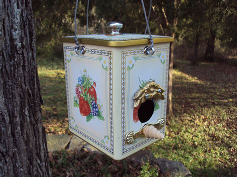 birdhouses made from recycled materials bird houses and