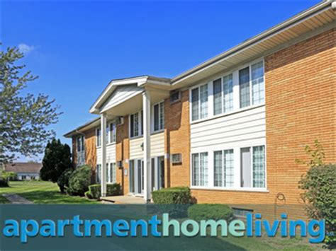 Roseville Appartments by Utica Square Apartments Roseville Apartments For Rent
