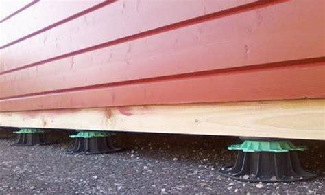 Construire Une Tonnelle En Bois 4799 abri de jardin sur plots fabulous plot beton pour abri de