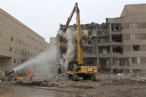 St Joseph Hospital In Pontiac Michigan by Adamo Work Begins At St Joseph Mercy Oakland In