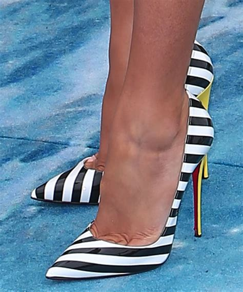 Stripe Heels lively in black and white striped patent leather so