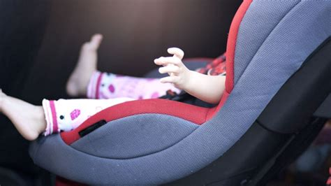 Banc D Auto Enfant by Comment Choisir Un Si 232 Ge D Auto Pour Enfants