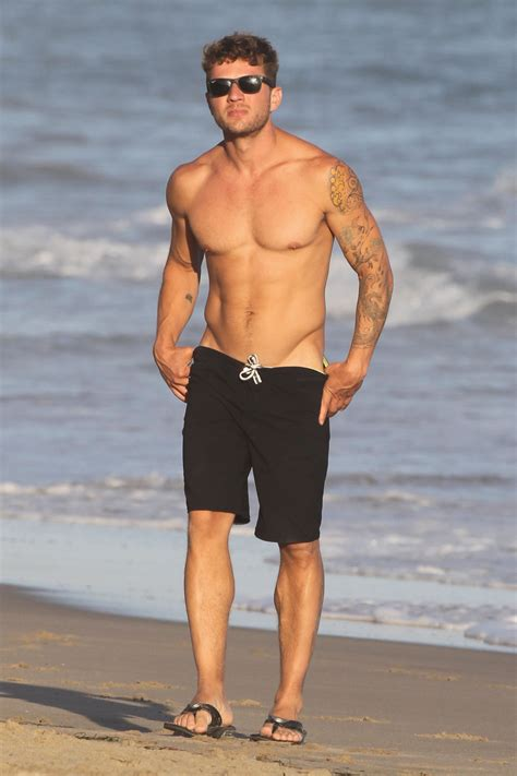 ryan phillippe amie fortune taille tatouage origine