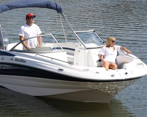 nada blue book boats deck boat vs pontoon what are the differences nada