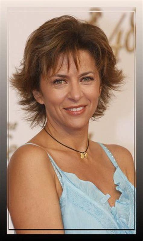 oprah short flippy hairstyles 11 best style images on pinterest dana perino hair cut
