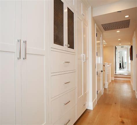 decorators white benjamin interior design ideas relating to living room home bunch