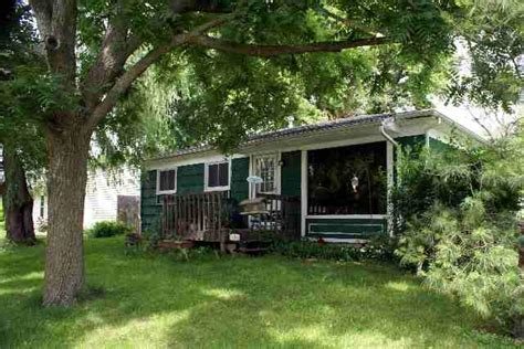 leclaire iowa 905 wisconsin sold