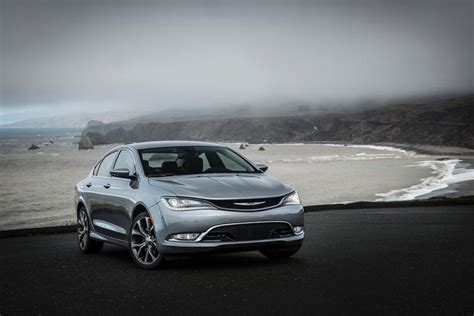 chrysler luxury brand luxury brands outperformed mainstream as monthly sales