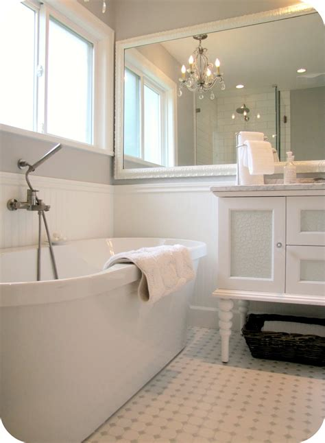 White Bath Homegoods 3 Fresh Inspirations For White Out Bathrooms