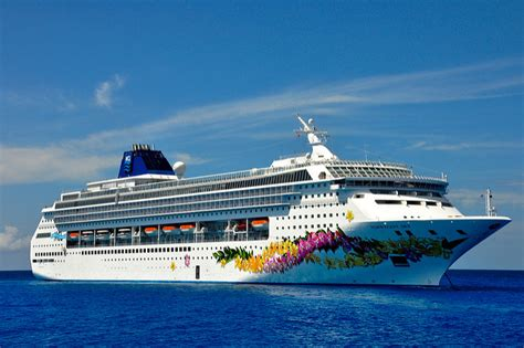 norwegian cruise open bar florida cruise traveler navy looking forward to