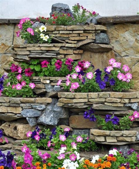 Dekorative Mauern Im Garten 5286 by Eine Natursteinmauer Wertet Den Garten Auf Und Kann Eine