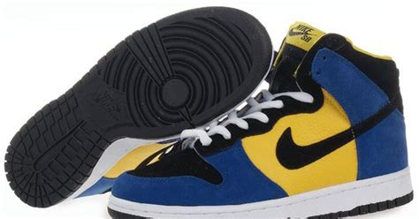 Nike Dunk X Blink 182 independence shoes i can t believe it barbados