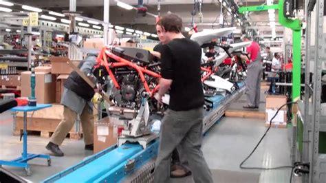 Ktm Austria Factory Tour Ktm Factory Tour 2011 Rc8r Production Line 3