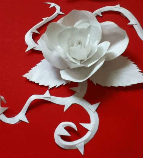 Roses Paper Craft - paper craft by tiffc on deviantart