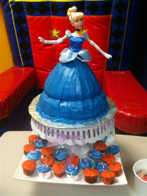 cinderella cakes decoration ideas  birthday cakes