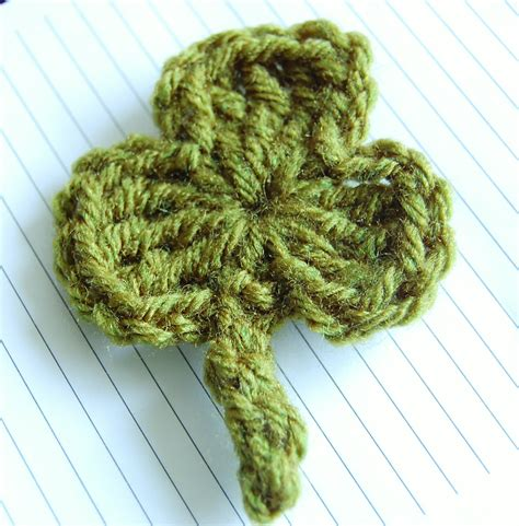 crochet pattern website crochet shamrock pattern free