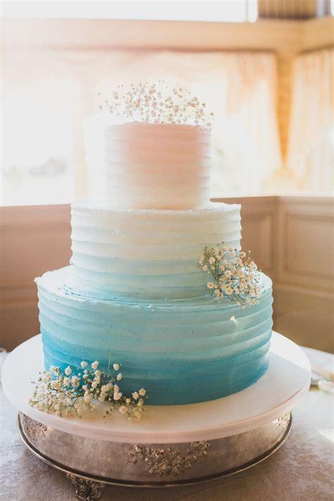 Aqua Bottom Putih best 25 aqua wedding cakes ideas on aqua