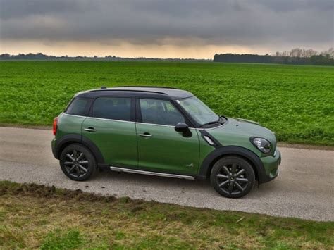 Mini Cooper D Test by Mini Cooper D Countryman Testbericht Auto Motor At