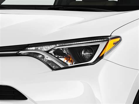 Toyota Rav4 Headlights Image 2017 Toyota Rav4 Limited Awd Natl Headlight Size