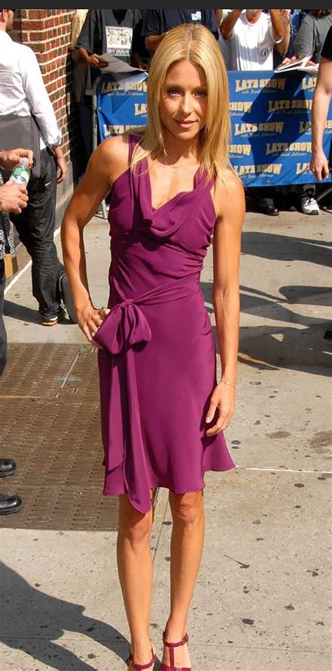 why does kelly ripa have so many hair styles 25 celebrities who lost too much weight are scary skinny