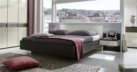 kissen für kopfteil bett wandgestaltung schlafzimmer