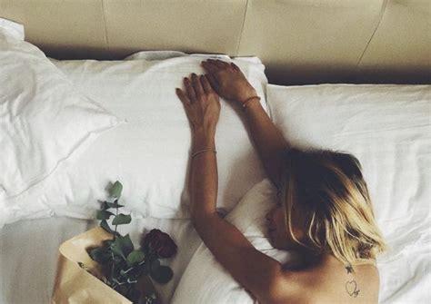 donne nel letto sabrina ghio di uomini e donne senza nel letto
