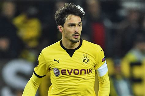 Mats Hummels To Utd by United Transfer News Why Devils Are Not Signing