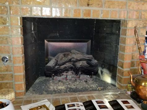Cleaning Gas Fireplaces by Mastersservices