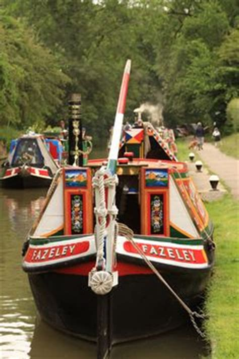 row boat hire guildford narrowboat holiday in england of course canal boat
