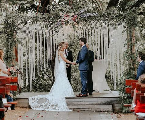 Top 10 Best Wedding Ceremony Arches   Heavy.com