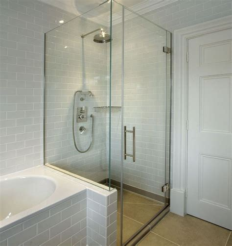 Bathroom Glass Shower Ideas by Best 20 Glass Shower Doors Ideas On Frameless