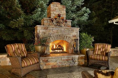 10 great functional outdoor stone fireplaces