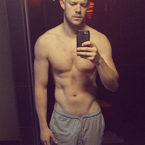 wishing  happy  birthday  russell tovey