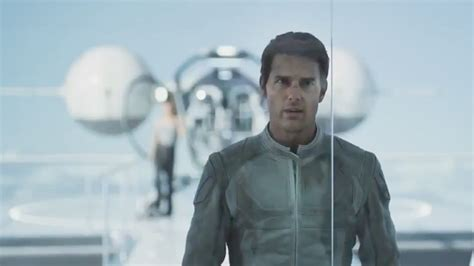 how to get tom cruises hair from oblivion tom cruise s oblivion reveals secrets in international