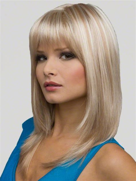 trendy medium length hairstyles for round faces pictures trendy medium length hairstyles for round faces pictures