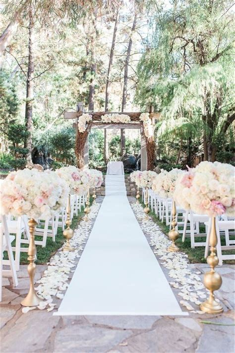 25 Brilliant Garden Wedding Decoration Ideas for 2018