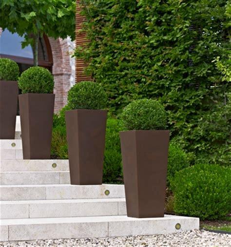 vasi per giardino in plastica scegliere i vasi giardino plastica scelta dei vasi