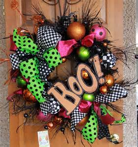 halloween wreath show me decorating shows you how to a halloween wreath