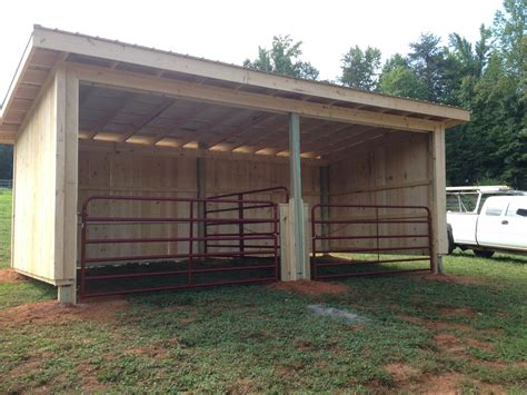 Run In Shed by Stalls Z N Cobb Builders