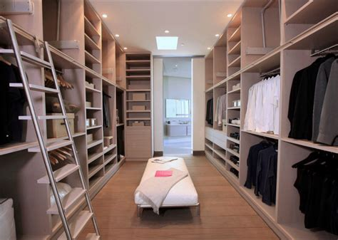 walk in walk in closet 20 incredible small walkin closet ideas