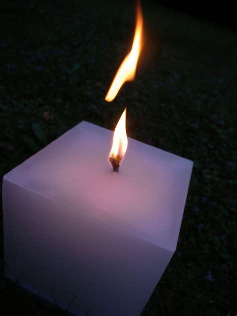 Wie Stellt Kerzen by Lumos Maxima Engels Kerzen Une Prise De Luxe