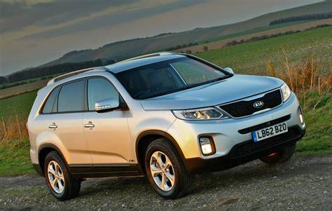 kia vehicles kia to recall 25 000 vehicles faulty brake light