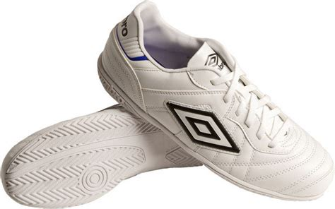 Umbro Speciali Eternal Club Ic Black White Clematis Blue 1 speciali eternal club ic speciali boots umbro