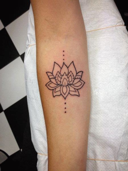 simple lotus tattoos pictures