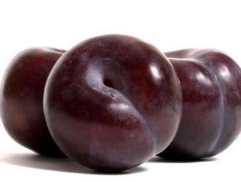 Buah Plum 17 manfaat buah plum merah untuk kesehatan manfaat co id
